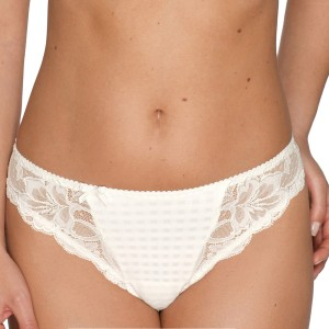 String tanga grande taille Madison Naturel