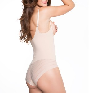 Body gainant rayé sans bonnets Shape chic Nude